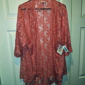 🎀LuLaRoe size medium Lindsay kimono!